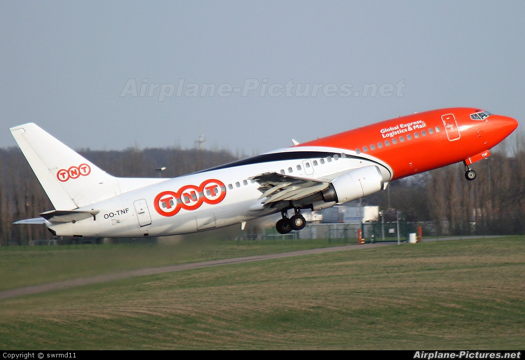 TNT OO-TNF aircraft at Brussels - Zaventem