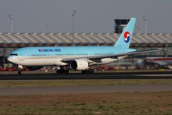 HL7574 - Korean Air Boeing 777-200ER