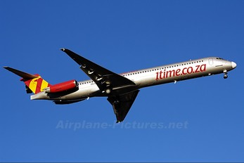 ZS-OPX - 1Time McDonnell Douglas MD-83