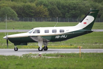 HB-PRJ - Private Piper PA-46 Malibu / Mirage / Matrix