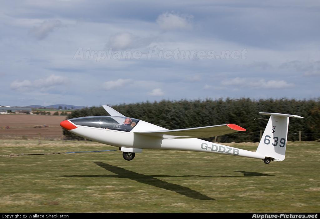 Private G-DDZB aircraft at Drumshade
