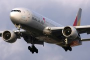 HL7596 - Asiana Airlines Boeing 777-200ER aircraft
