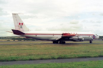 13703 - Canada - Air Force Boeing CC-137
