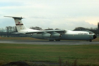 65-0273 - USA - Air Force Lockheed C-141 Starlifter