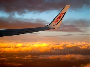 - - Air Europa Boeing 737-800