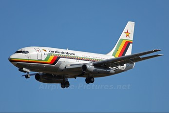 Z-WPA - Air Zimbabwe Boeing 737-200
