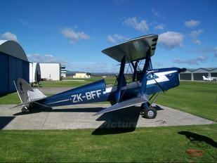 ZK BFF - Private de Havilland DH. 82 Tiger Moth