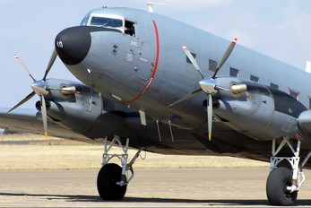 6840 - South Africa - Air Force Douglas C-47TP