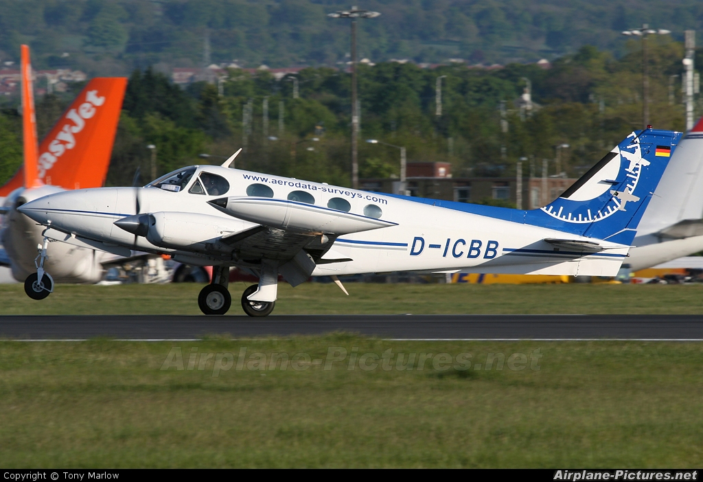 DICBB  Private Cessna 340 At Edinburgh  Photo ID 45930  AirplanePictures