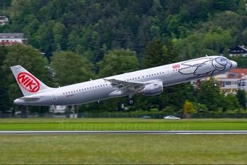 OE-LET - Niki Airbus A321