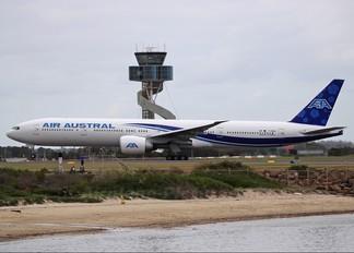 F-ONOU - Air Austral Boeing 777-300ER