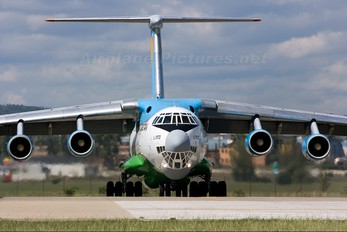 UK-76782 - Uzbekistan Airways Ilyushin Il-76 (all models)