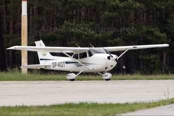 SP-KGT - Private Cessna 172 Skyhawk (all models except RG)