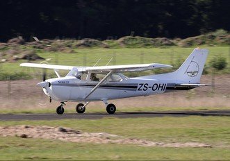 ZS-OHI - Private Cessna 172 Skyhawk (all models except RG)