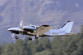 ZS-MOS - Private Piper PA-34 Seneca