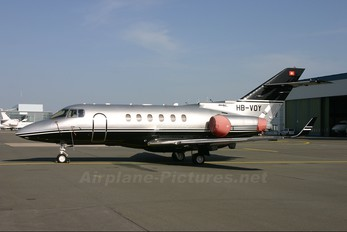 sab helicopter usa with Photographer on Index furthermore Produk 1843 hat566 Muffler 56ns 3d Front Head For 53 56 Engines moreover Pilot detail further T763584p1 likewise Index.
