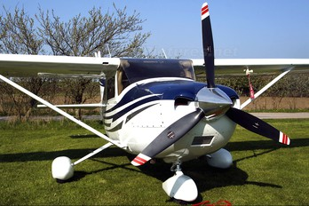 N2217L - Private Cessna 182 Skylane (all models except RG)