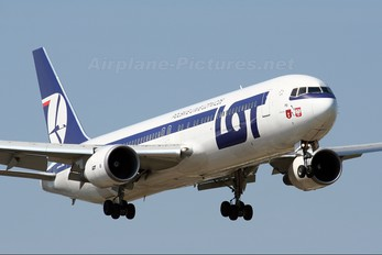 SP-LPB - LOT - Polish Airlines Boeing 767-300ER