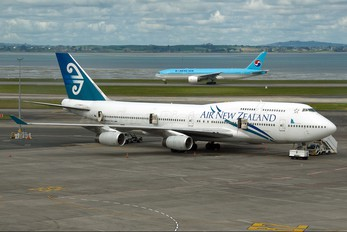 ZK-NBS - Air New Zealand Boeing 747-400