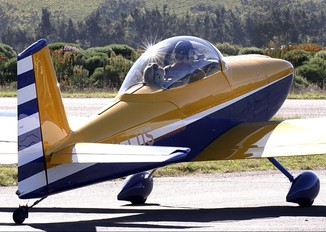 ZU-LUS - Private Vans RV-8