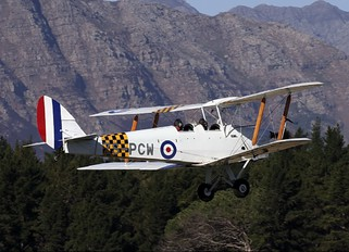 ZS-PCW - Private de Havilland DH. 82 Tiger Moth