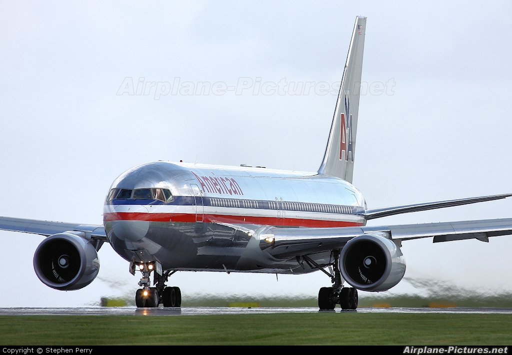 N347AN - American Airlines Boeing 767-300 at Manchester ...