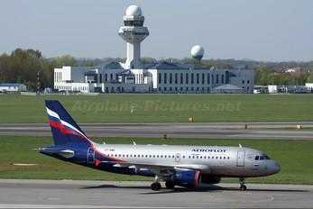 VP-BWK - Aeroflot Airbus A319