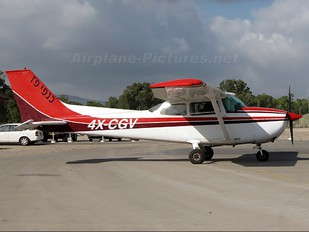 4X-CGV - Golden Wings Cessna 172 Skyhawk (all models except RG)