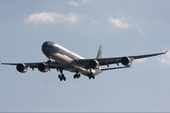 B-HQB - Cathay Pacific Airbus A340-600