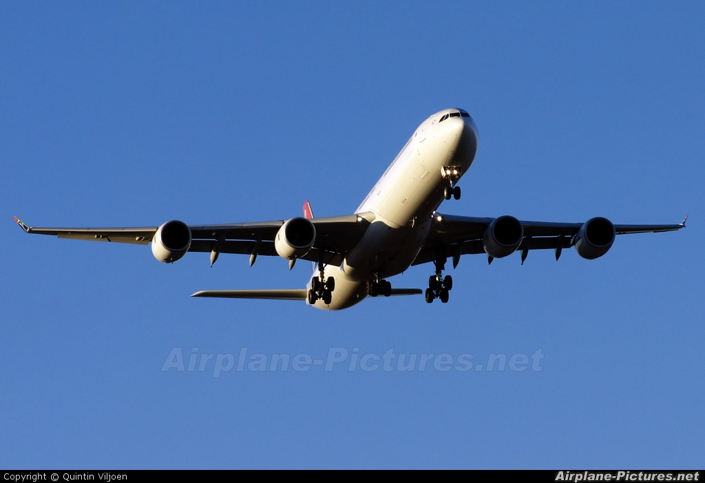 South African Airways ZS-SND aircraft at Johannesburg - OR Tambo Intl