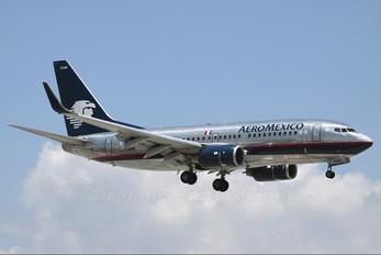 XA-GAM - Aeromexico Boeing 737-700