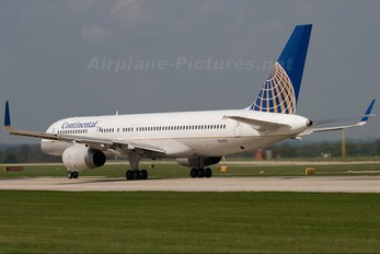 N34131 - Continental Airlines Boeing 757-200