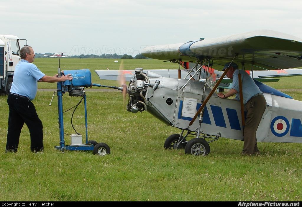 Private G-BMOO aircraft at Wycombe Air Park - Booker