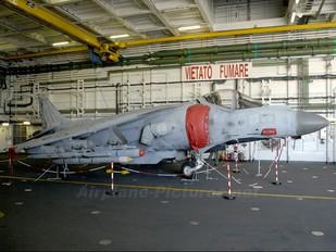 MM7199 - Italy - Navy McDonnell Douglas AV-8B Harrier II