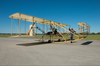 OK-OUL 51 - Letajici Cirkus Wright Brothers Wright Flyer