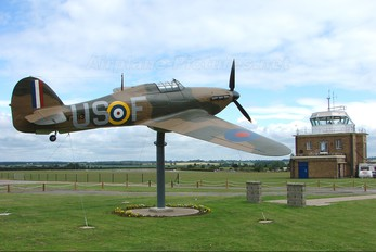 V7313 - Private Hawker Hurricane (replica)