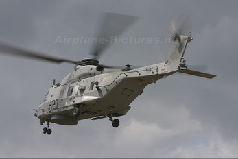 CSX81579 - Italy - Navy NH Industries NH-90 TTH