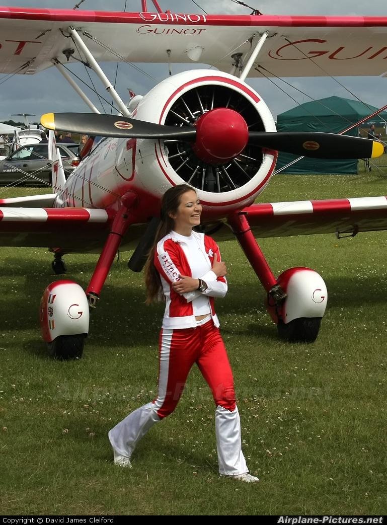 - Aviation Glamour - aircraft at Kemble