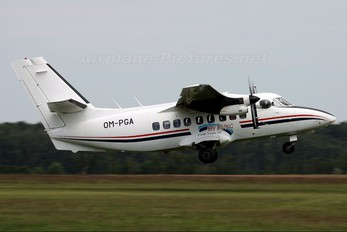 OM-PGA - Sky-Diving For Fun LET L-410 Turbolet