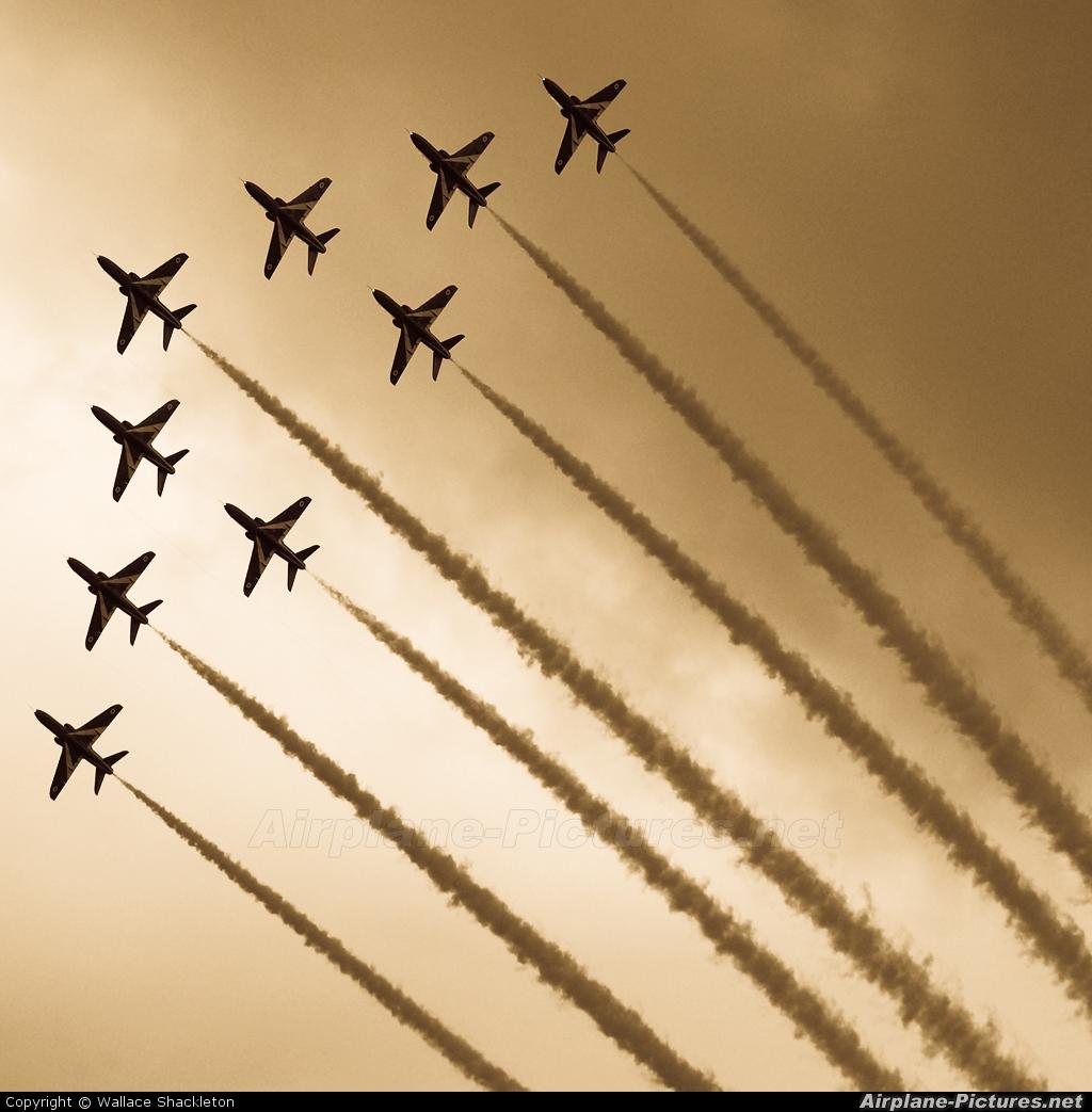 """Royal Air Force """"Red Arrows"""" - aircraft at Perth - Scone"""