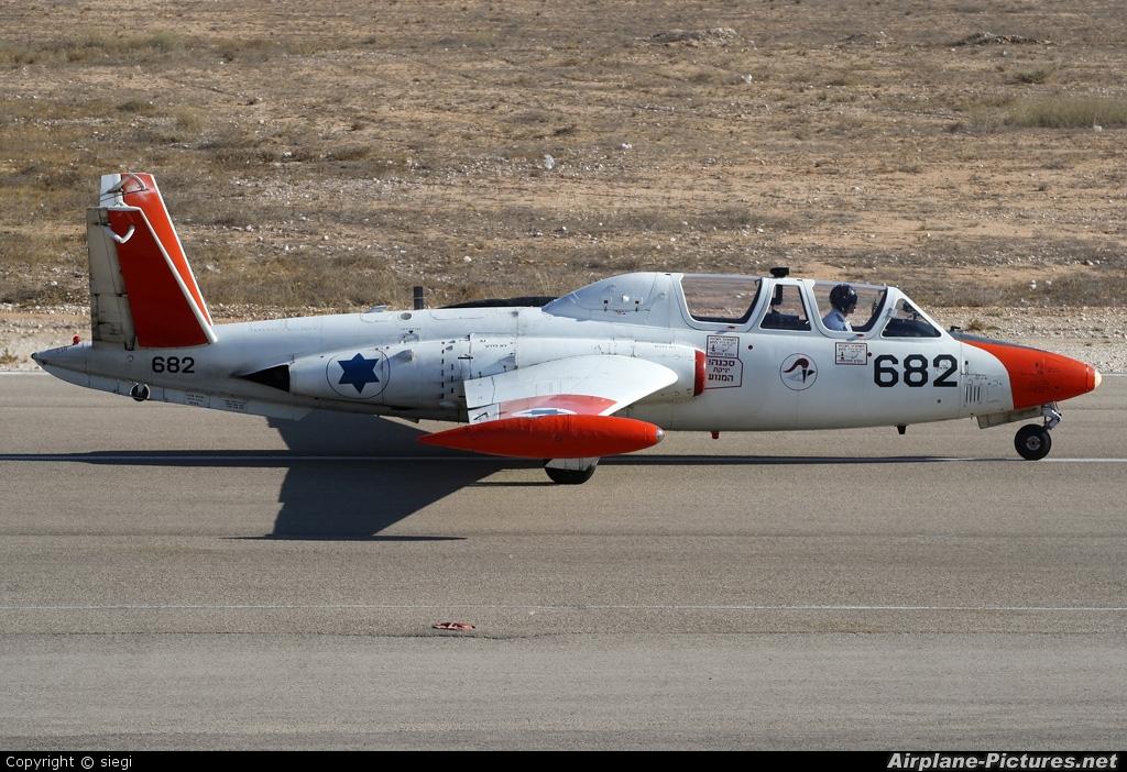 Israel - Defence Force 682 aircraft at Beersheba - Hatzerim