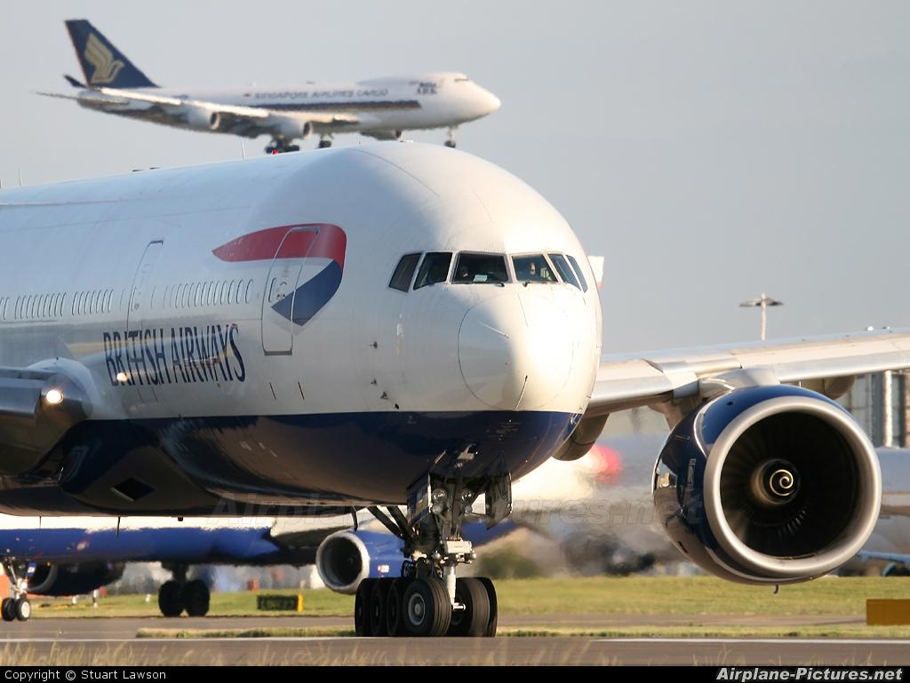 British Airways G-YMMB aircraft at London - Heathrow