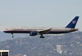 N545UA - United Airlines Boeing 757-200