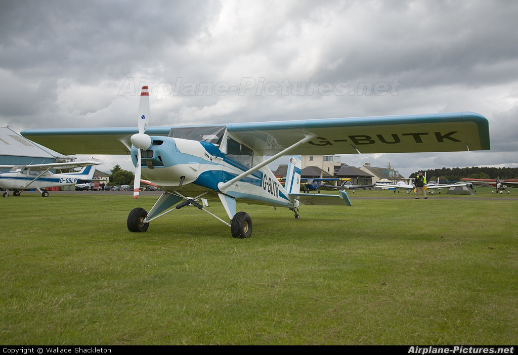 Private G-BUTK aircraft at Perth - Scone