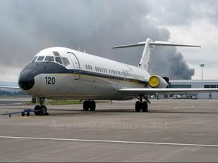 159120 - USA - Navy McDonnell Douglas C-9B Skytrain II