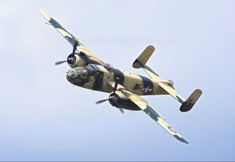 F-AZZU - SNC Societe de Developpement et de Promotion de L'Aviation North American B-25J Mitchell