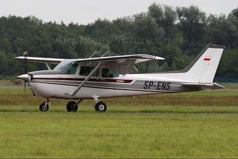 SP-ENS - Aeroklub Orląt Cessna 172 Skyhawk (all models except RG)