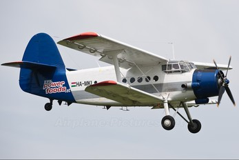 HA-MKI - Hubert Petutsching Antonov An-2
