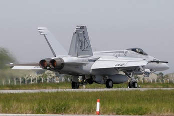 166436 - USA - Navy McDonnell Douglas F/A-18E Super Hornet