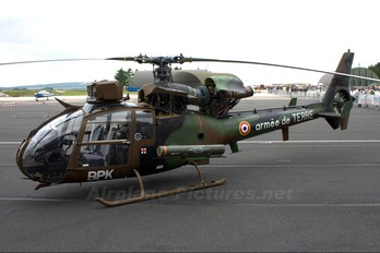 4175 - France - Army Aerospatiale SA-341 / 342 Gazelle (all models)